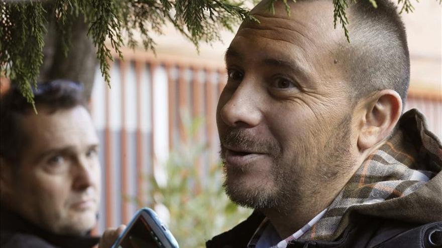 El marido de Teresa Romero dice que se irán unos días donde no puedan ser localizados