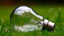 No hay ninguna ley que obligue a sustituir las bombillas por lámparas led en el domicilio