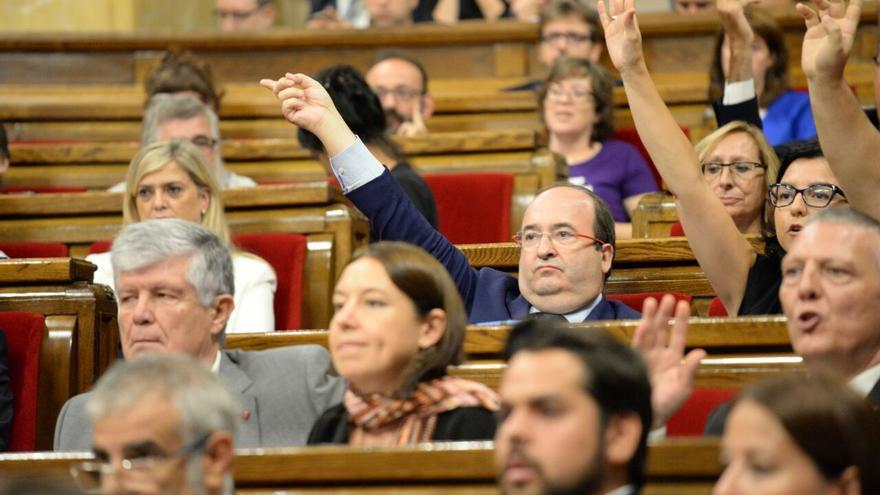 Diputats al Parlament de Catalunya durant la tramitació de la llei de referèndum