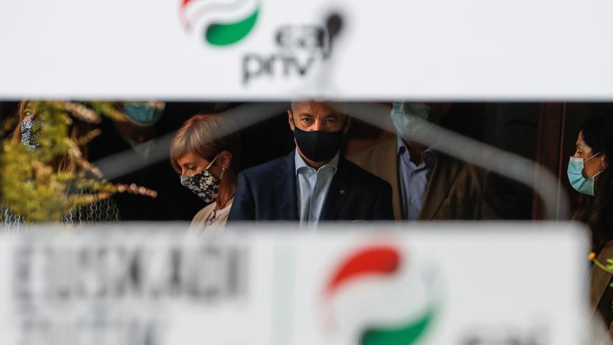 Urkullu condena las agresiones a Vox y el acoso a partidos.