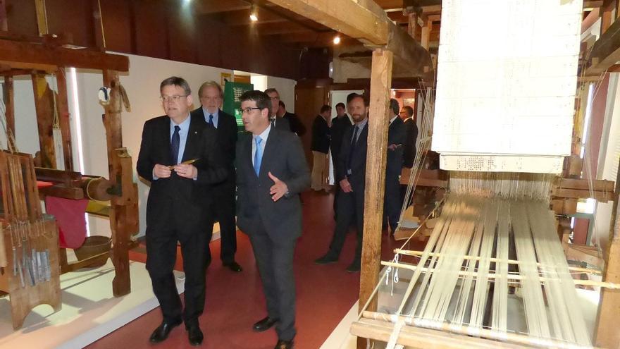 Ximo Puig y Jorge Rodríguez visitan los fondos del actual museo