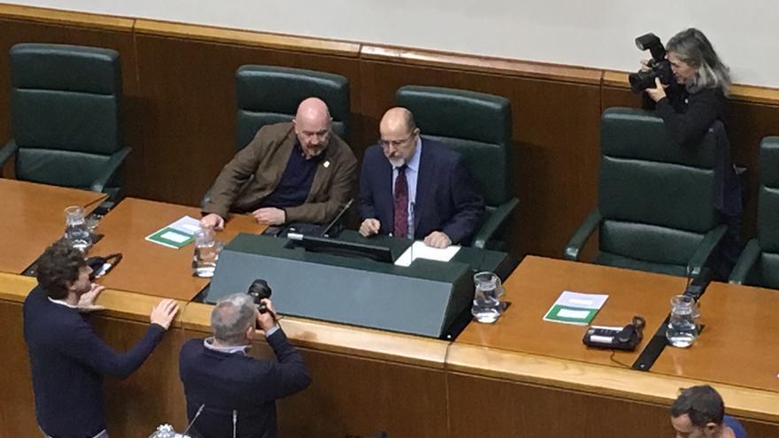 Txarli Prieto, presidente improvisado del Parlamento Vasco