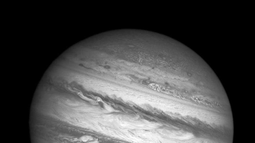La NASA detecta posibles emisiones de vapor en la luna Europa de Júpiter