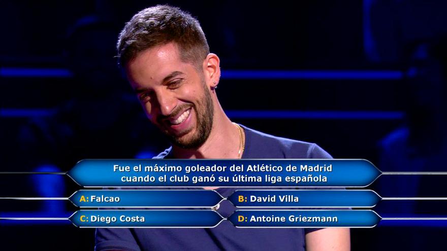 David Broncano se ríe con el chiste de su hermano en  'El Millonario'