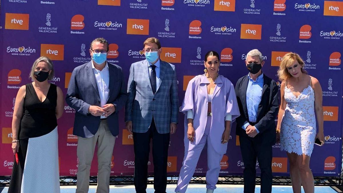 Los responsables de RTVE, la Generaltiat Valenciana y el Ayuntamiento de Benidorm durante el convenio sobre Eurovisión.