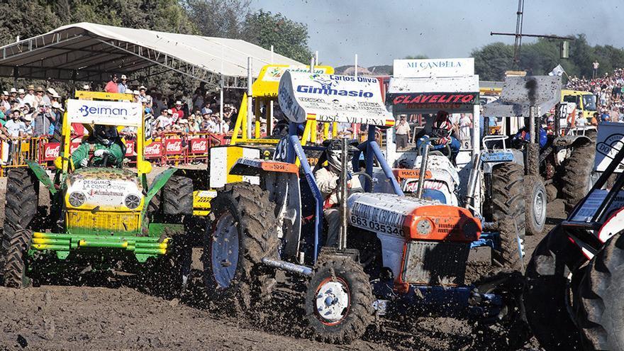 Carreras de tractores de Guadalcacín (Cádiz).