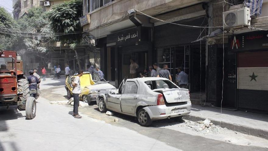Miles de desplazados inundan calles, mezquitas y escuelas del barrio norte de Alepo