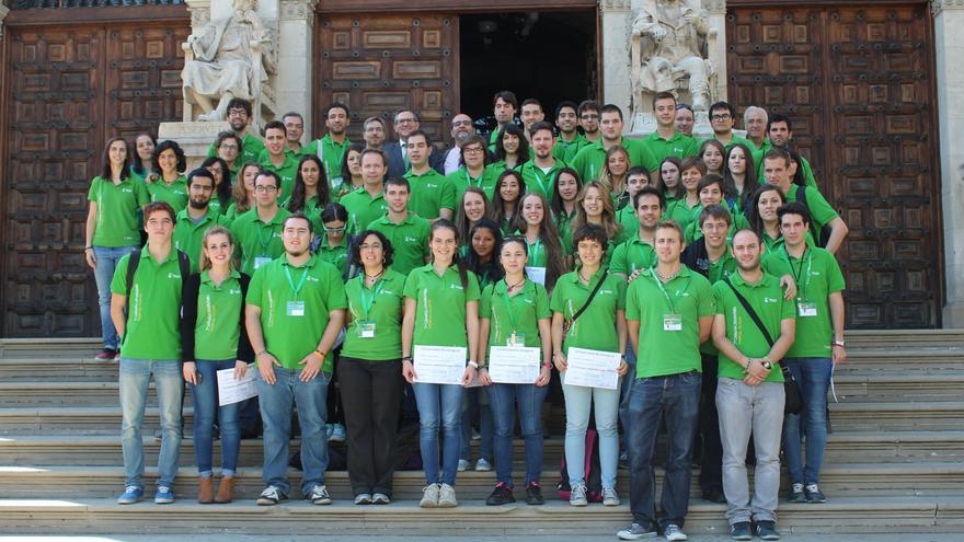 Voluntarios de la Caravana Universitaria por el Clima.