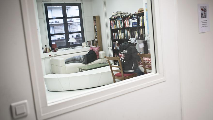 Sala de descanso en el centro de Médicos sin Fronteras, en Pantin.