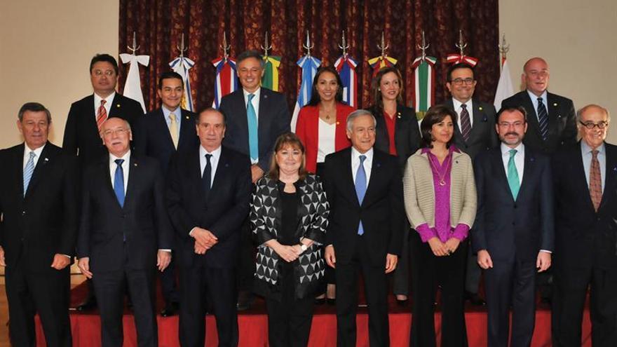 Cancilleres de ocho países latinoamericanos dialogan sobre Venezuela