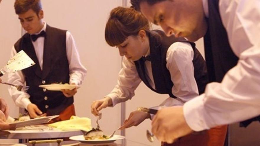 Alumnos de Formación Profesional en el área de restauración y cocina, en una imagen de archivo