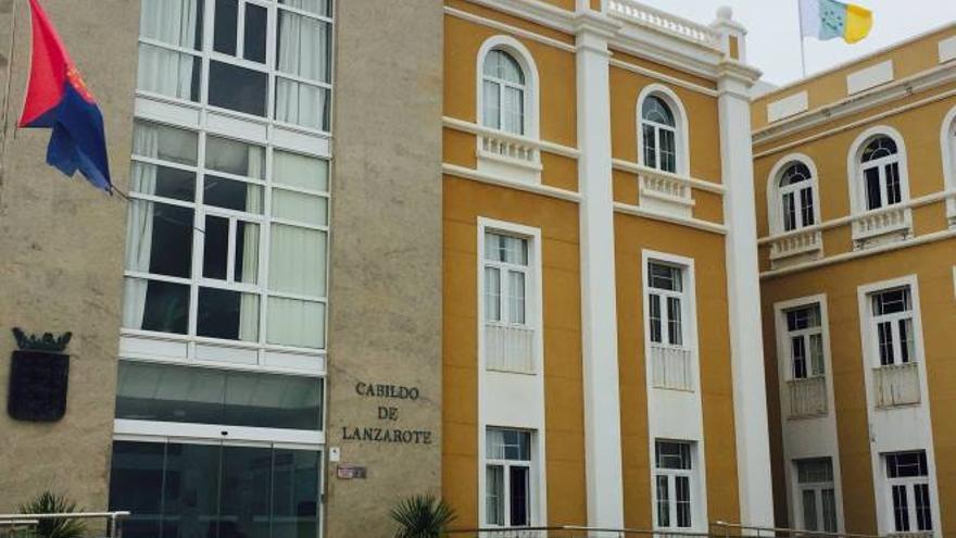 Bandera en el Cabildo de Lanzarote.