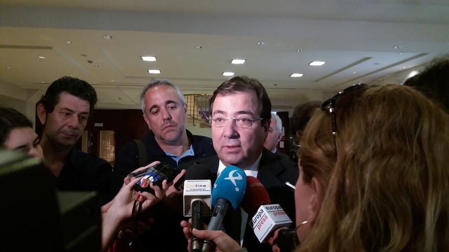 """Fernández Vara sobre las primarias del PSOE: """"Optar entre compañeros no es nada que sea plato de buen gusto"""""""
