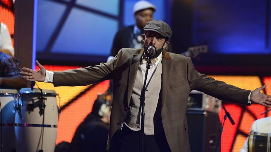 El dominicano Juan Luis Guerra lanza un disco de grandes éxitos