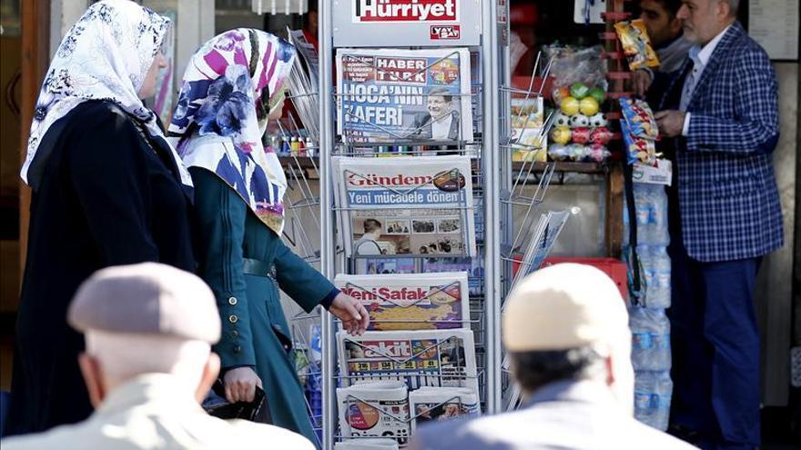 El nuevo Gobierno turco afronta los retos del conflicto kurdo y la economía