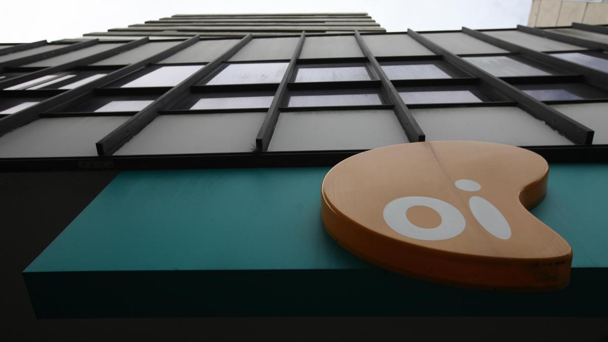 Vista exterior de la empresa de telefonía OI en Río de Janeiro (Brasil). EFE/Marcelo Sayão/Archivo