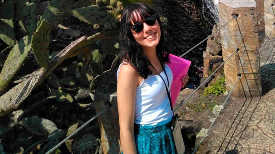 Cristina Pernas, una de las estudiantes becadas recientemente por la Fundación Universia, del Banco Santander. Curso sexto de Medicina en la Universidad de Santiago de Compostela.