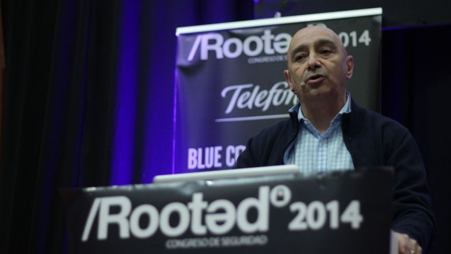 Jorge Ramió durante su ponencia en Rooted CON 2014 (Foto: Boris Jódar)