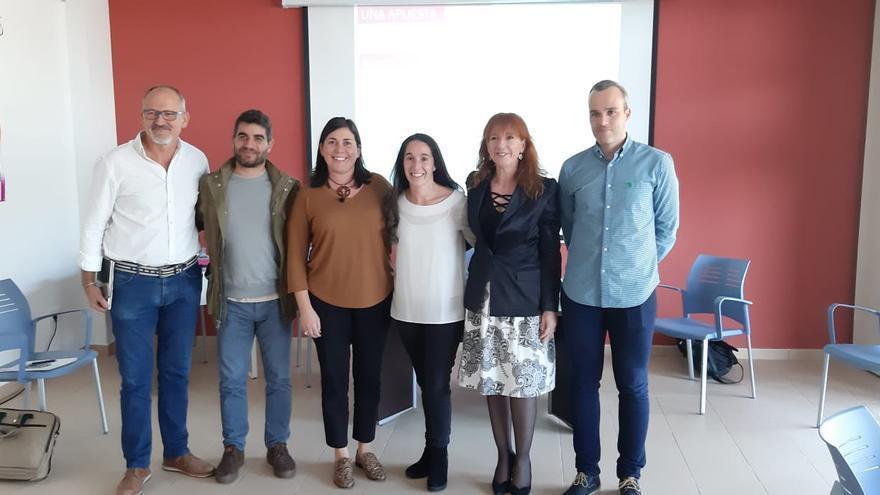 Goretti Pérez Corujo con miembros de la Red Terrae.