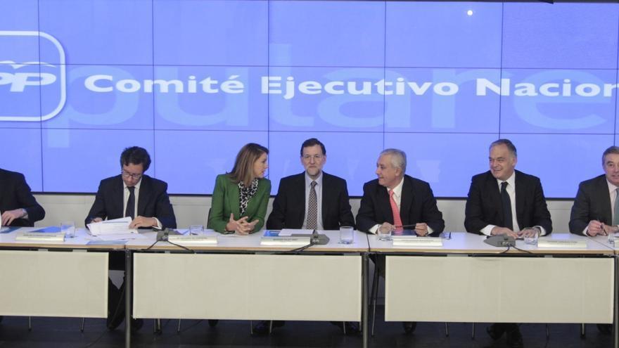 Rajoy reúne mañana al Comité Ejecutivo del PP en pleno debate interno por el aborto y con el candidato europeo pendiente