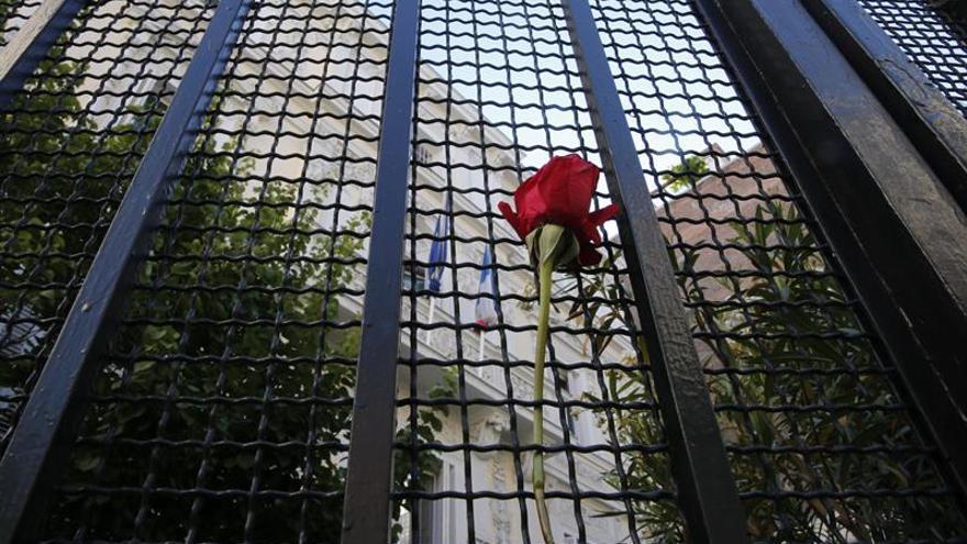"""Patronal y sindicatos repudian el """"terrible"""" atentado y expresan su solidaridad"""