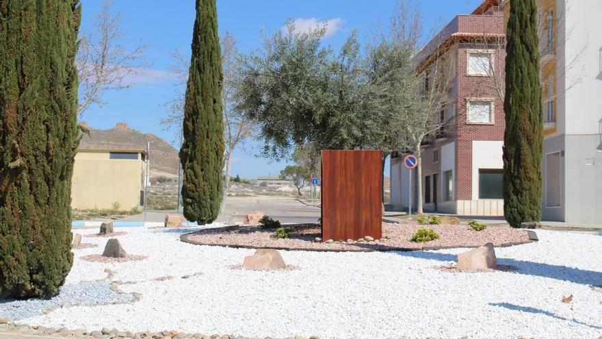 Monumento en Jumilla de reconocimiento a sus 13 vecinos deportados