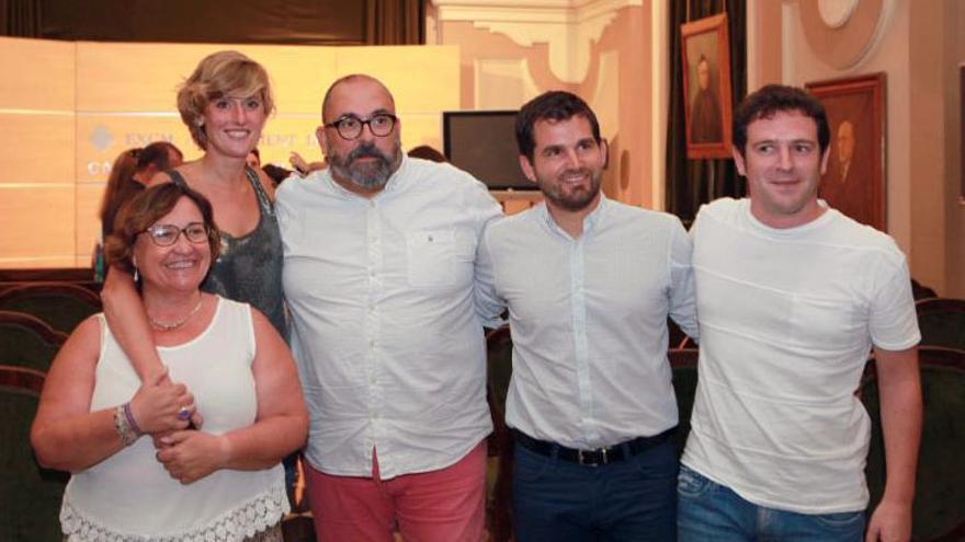 Ali Brancal, primera por la izquierda, es la nueva vicealcaldesa de Castelló