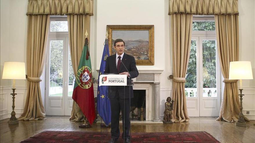 Portugal buscará apoyos en Dublín mientras arrecian las criticas internas