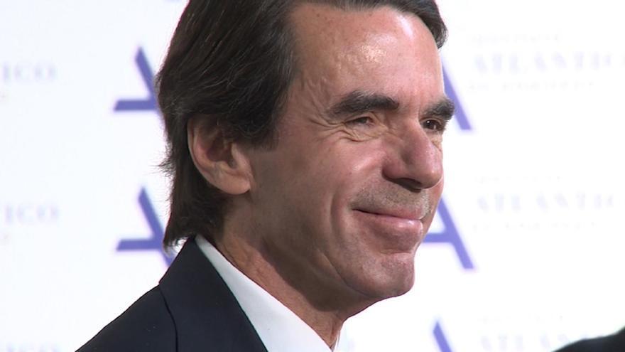 """(Amp) Aznar: """"Impuestos altos, déficit y deuda son lo contrario del círculo virtuoso para la economía"""""""