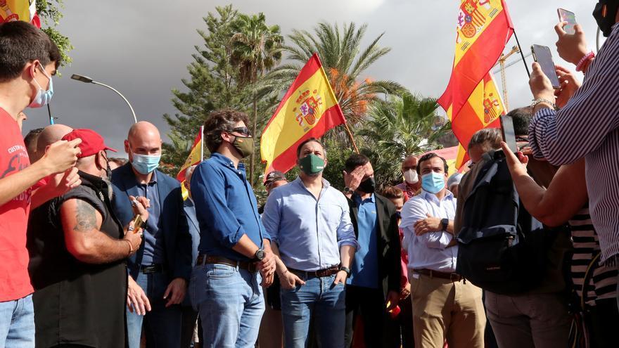 Vox abandera el discurso anti-inmigración para arañar en Canarias la notoriedad que no logró en las urnas