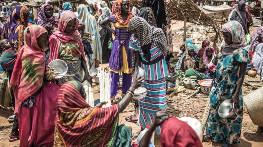 Maïmouna Souleymane Haddo tiene 48 años, vive en Dirbeye y trabaja como profesora de árabe en el colegio. FOTO: Pablo Tosco - Oxfam Intermón
