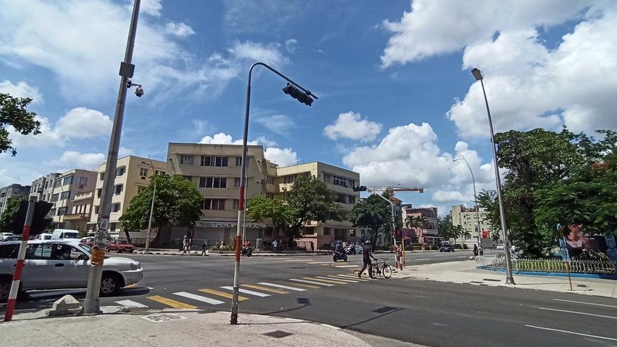 Vista de la céntrica esquina de 23 y L, este martes en el vedado de La Habana (Cuba).