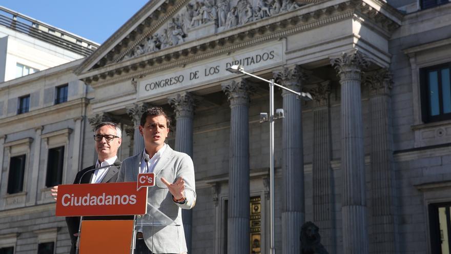 """Rivera, tras el Brexit, espera que España no opte por el inmovilismo, que """"da alas al populismo"""""""