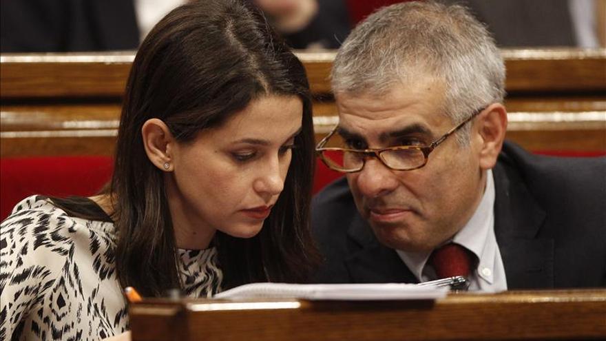 Ciudadanos reprocha a Mas que no haga autocrítica ni hable de corrupción