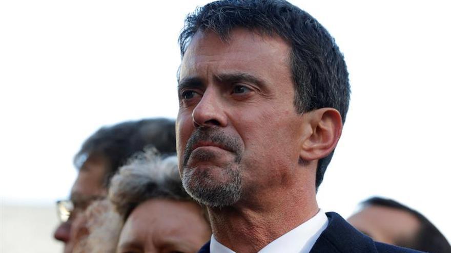 El ex primer ministro francés Manuel Valls anuncia su separación