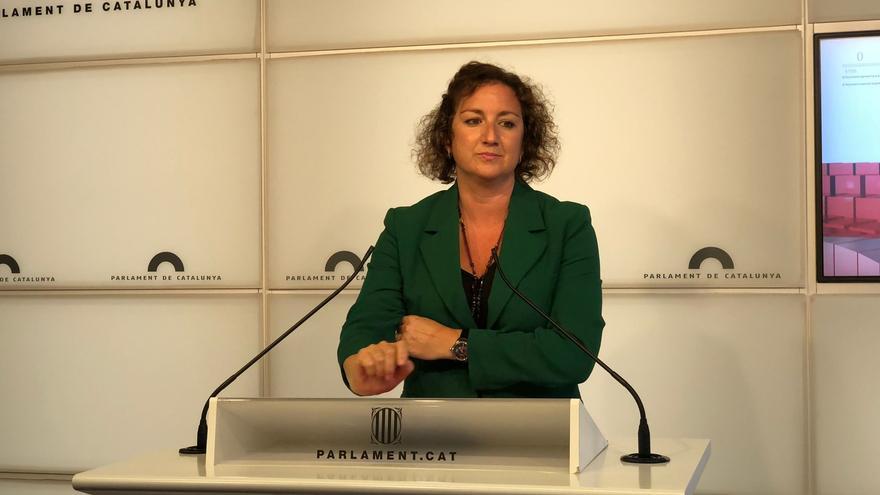 La portavoz del PSC en el Parlament, Alícia Romero, en rueda de prensa en una imagen de archivo.