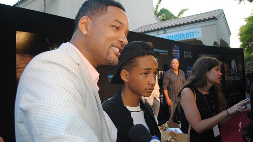 """Will Smith y su hijo presentan """"After Earth"""" en Miami"""