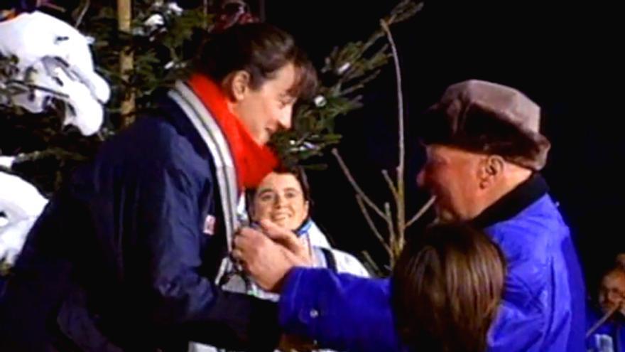 Blanca Fernández Ochoa recibe la medalla de bronce en los JJOO de Invierno de 1992