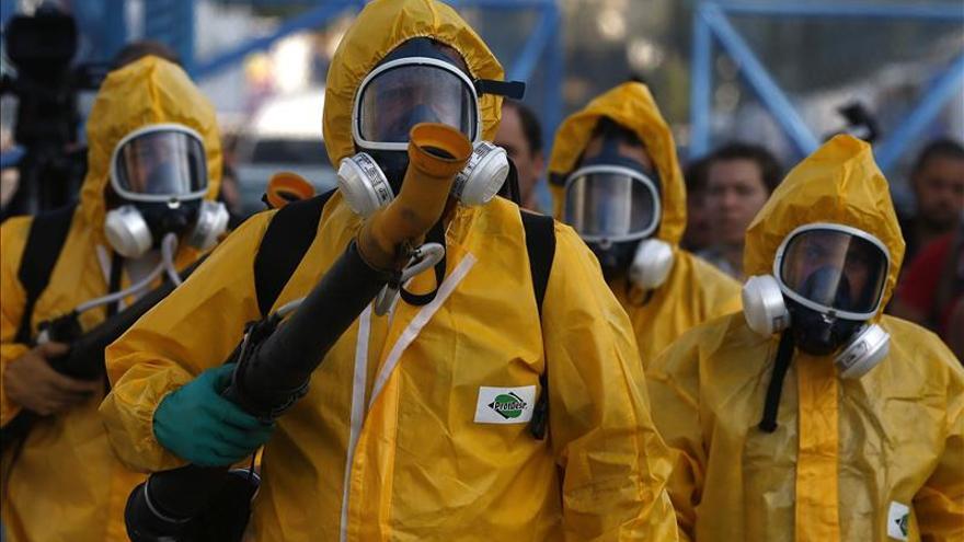 El Zika moviliza a militares en Brasil y República Dominicana y ataca a 22 países