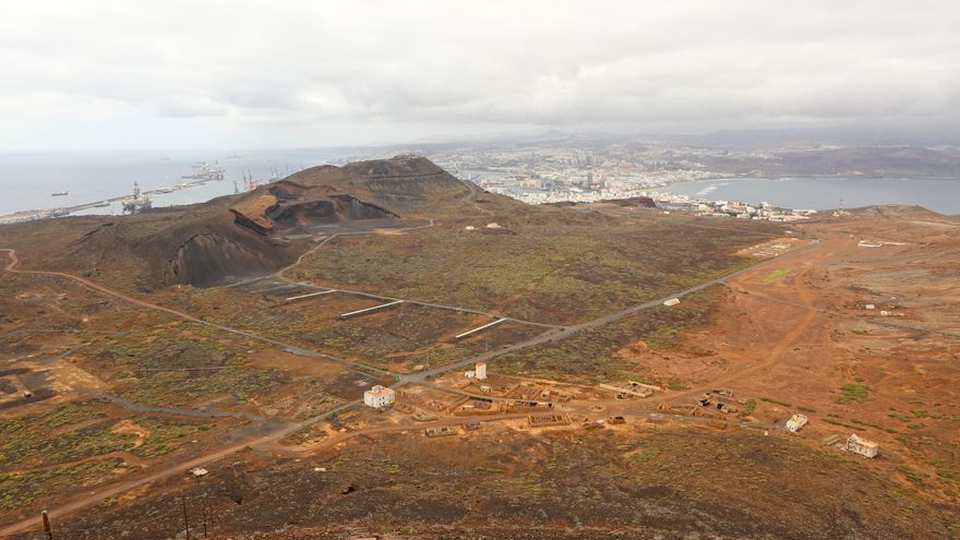Zona militar de La Isleta desde El Faro