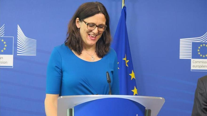 """Bruselas ve """"viable"""" un acuerdo durante la administración Obama"""