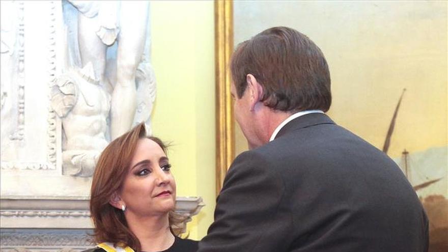 España otorga la Orden de Isabel la Católica a cinco ministros mexicanos