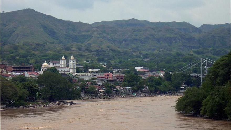 Colombia invertirá 1.000 millones de dólares en la recuperación del río Magdalena