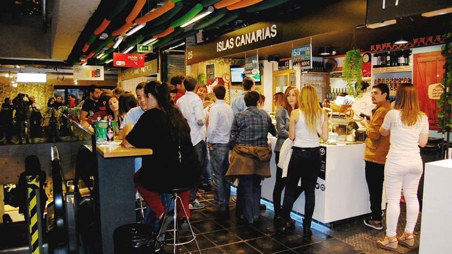 El espacio 7 Delicatessen está situado en el emblemático Mercado de San Antón. (www.facebook.com/7Delicatessen)