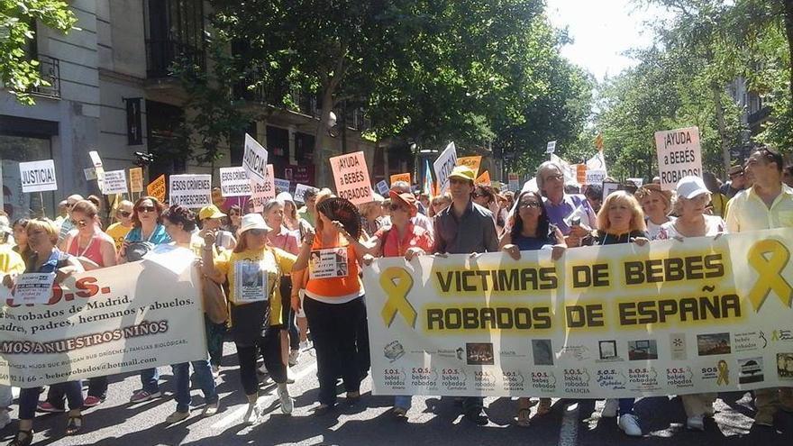 Manifestación para exigir verdad, justicia y reparación por los casos de bebés robados// Fuente facebook SOS BEBES ROBADOS MADRID