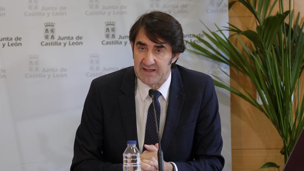 El consejero de Fomento y Medio Ambiente, Juan Carlos Suárez-Quiñones.