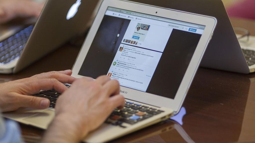 El 98,9% de las empresas navarras con 10 o más trabajadores dispone de conexión a internet, según una encuesta