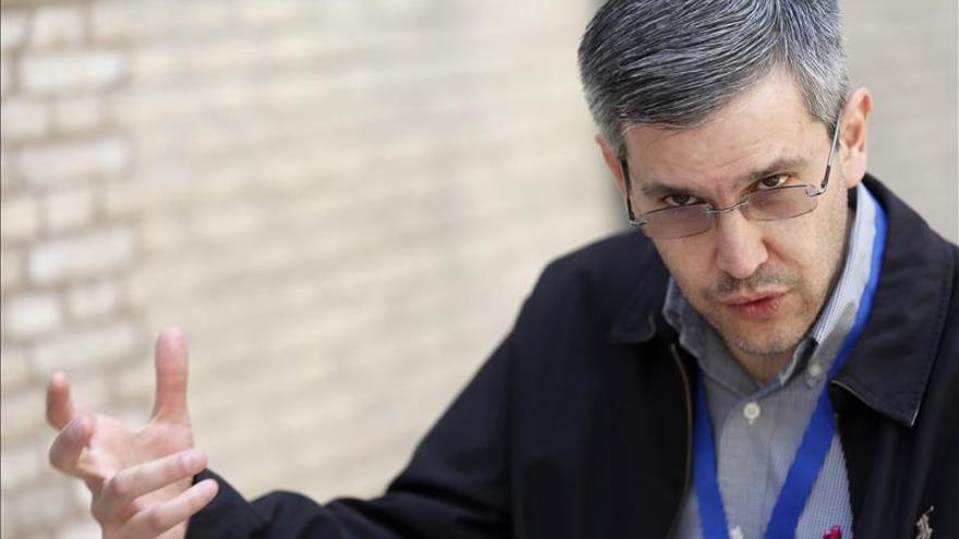 La prensa no puede ser portavoz del EI o del narco, según un experto mexicano