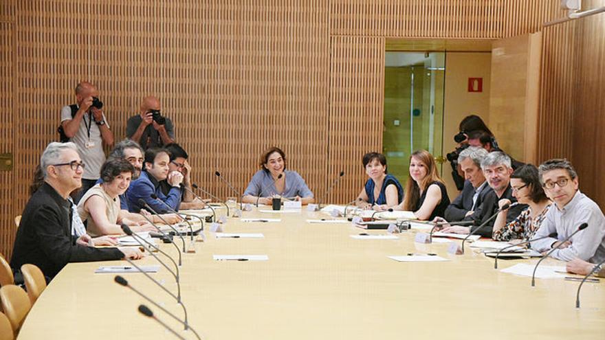 Ada Colau ha presidido el primer consejo de gobierno del Ayuntamiento de Barcelona