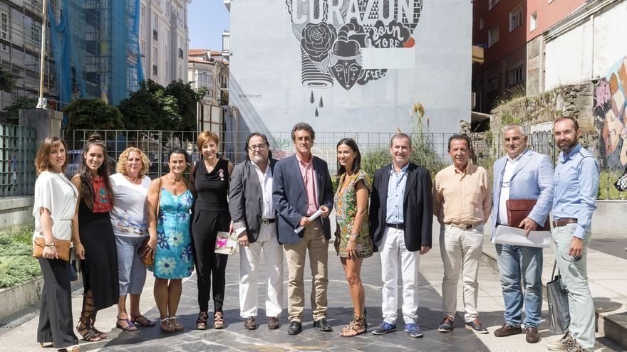 Una jornada solidaria con desfile, música y cultura en Comillas recaudará fondos para Luchamos por la Vida